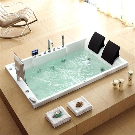 Large Bathtubs by Large Bathtubs Idea Extraordinary For Two With Regard To