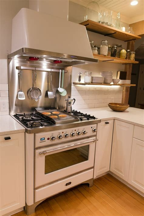 white kitchen with stainless steel backsplash 40 best images about ilve on stove griddles 2106