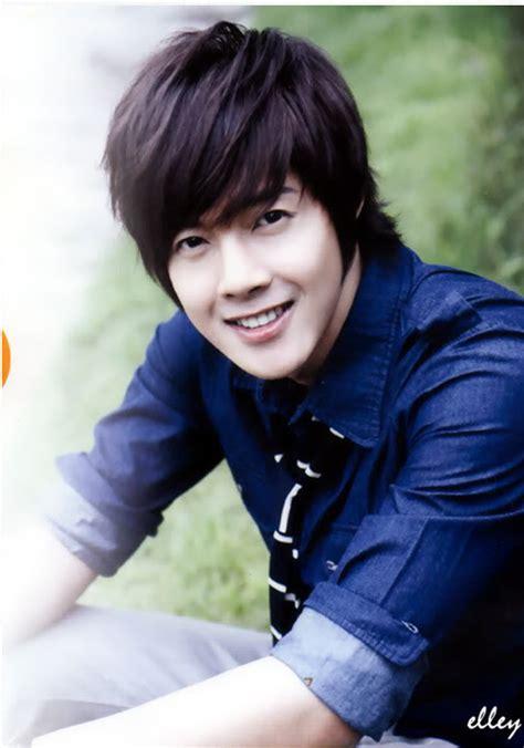 kim hyun joong boys  flowers wallpaper gallery
