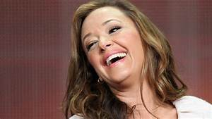 Actress Leah Remini Writing Tell-All Book After Departing ...