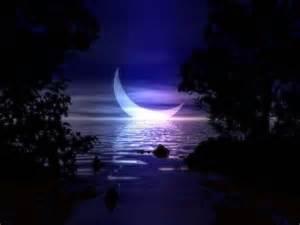Ocean Crescent Moon