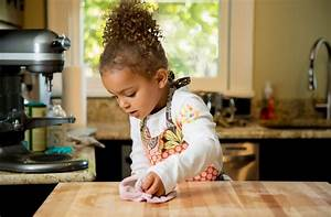 5 Life Lessons That Kids Take Away from Household Chores