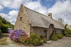 toiture en chaume avantages conseils prix devis With maison toit de chaume