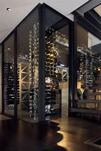 Caves A Vin : best 25 wine cellar design ideas on pinterest ~ Melissatoandfro.com Idées de Décoration