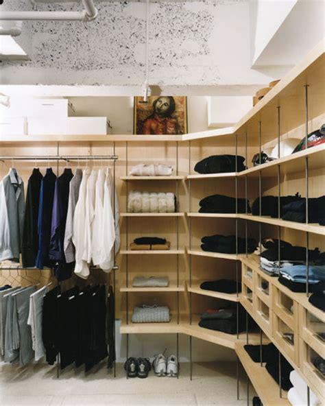 Here's How Beyoncé's Professional Organizer Cleans Closets