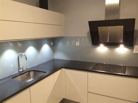 credence de cuisine en verre crédence de cuisine en verre quot gris métal quot abm