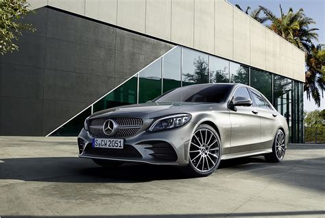 mercedes  class facelift   launched  india