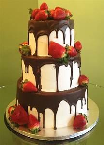 Chocolate Covered Strawberry Wedding Cake – Classy Girl