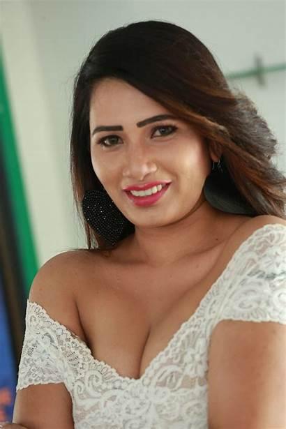 Sanjana Naidu Stills Actress Telugu Posted