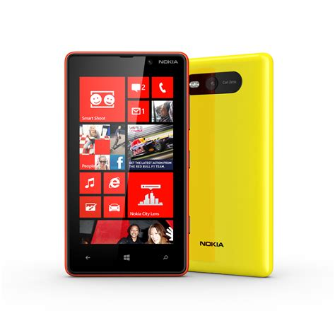 nokia lumia 820 detailed specs