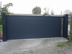 Portail Coulissant Sur Rail : portail aluminium coulissant grandes dimensions dans l ~ Edinachiropracticcenter.com Idées de Décoration