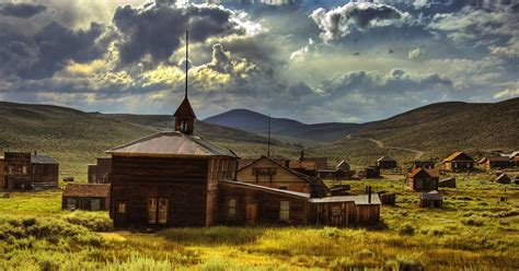 haunted towns abandoned towns in america creepiest ghost towns in the us thrillist
