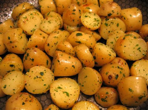 pommes de terre nouvelles facon delia smith photo de la