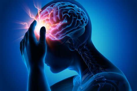 trauma cranico minore cosa fare quando  sbatte la testa
