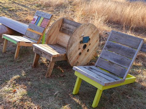 relaxshacks adirondack chairs from free wooden spools