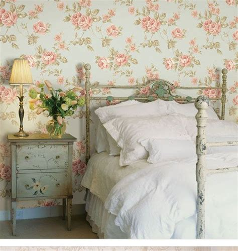 Bedroom Wallpaper Country by 17 Best Ideas About Country Bedrooms On