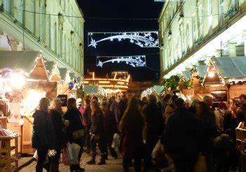 bath christmas lights switch on bath uk tourism