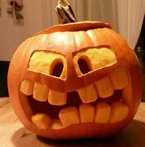 Halloween Basteln Gruselig : ber ideen zu k rbisse schnitzen auf pinterest halloween k rbisse geschnitzte k rbisse ~ Whattoseeinmadrid.com Haus und Dekorationen
