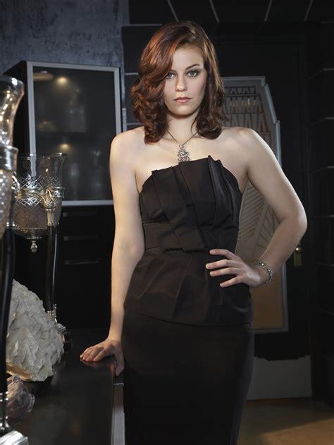 Cassidy Freeman [Smallville] | FEMALE CELEBRITY