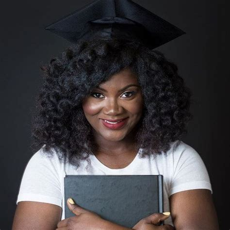 top ways to slay in your graduation cap with natural hair