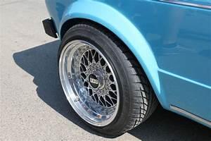 Reifen Auf Felge Ziehen : schmale reifen auf breiter felge dienen nur der optik ~ Watch28wear.com Haus und Dekorationen