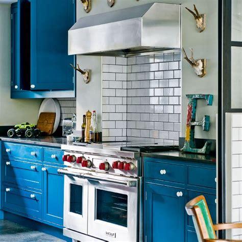 blue kitchen decorating ideas modern blue painted kitchen modern kitchens 10