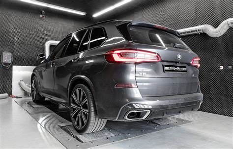 McChip BMW X5 M50d tuning results in mammoth 865Nm ...