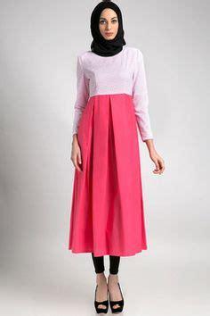 trend model baju muslim wanita  pesta