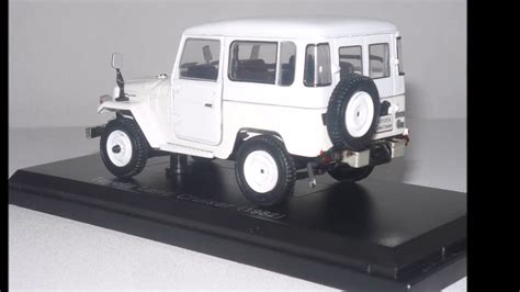 diecast colecci 243 n toyota land cruiser 4x4 1 43 naves 4x4 youtube