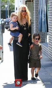 Rachel Zoe - Rachel Zoe takes her kids out for lunch | 35 ...