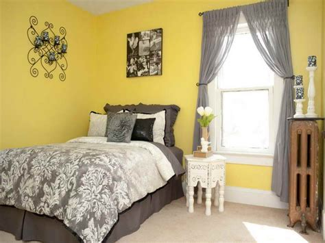 Yellow Bedroom Ideas, Decorating With Yellow Walls Bedroom
