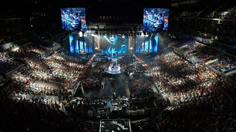 Fans Watch The Opening Ceremony At The League Of Legends