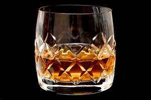 Whisky Tumbler Oder Nosing : tumbler glas mit schliff whiskyglas ~ Michelbontemps.com Haus und Dekorationen