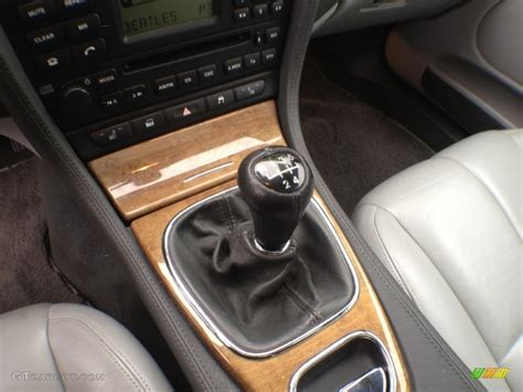 jaguar manual transmission 2003 jaguar s type 3 0 5 speed manual transmission photo