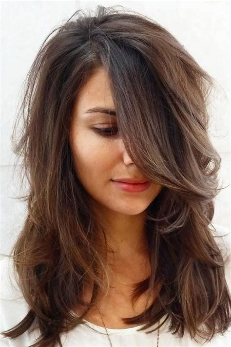 Hairstyles For With Shaped Faces by 15 Gorgeous Haircuts For Shaped Faces Hair