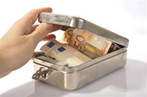 Geld Zuhause Aufbewahren by Kuriose Verstecke Wo Das Geld Zu Hause Sicher Ist