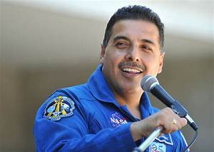 WHO IS THE HISPANIC ASTRONAUT RUNNING FOR UNITED STATES ...