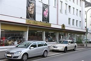 Möbelhaus In Essen : m belhaus in essen beste m bel rehmann zieht bei kr ger steele ein 36667 haus ideen galerie ~ Orissabook.com Haus und Dekorationen