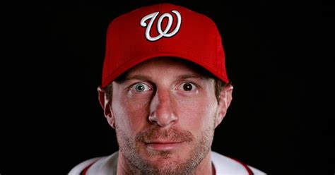 San Diego Chargers Wallpaper Max Scherzer 39 S New Dog Has Two Different Colored Eyes Just Like Him Fox Sports