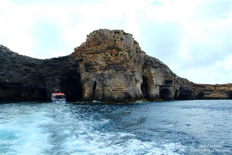 sea cave malta wallpapers images  pictures backgrounds