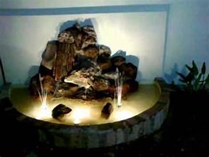 Fuente De Agua Tipo Cascada En Piedras