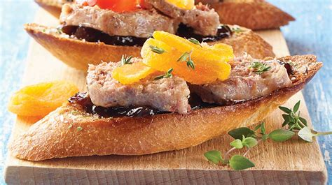 foie gras canape au pied de cochon duck foie gras rillette canapés iga