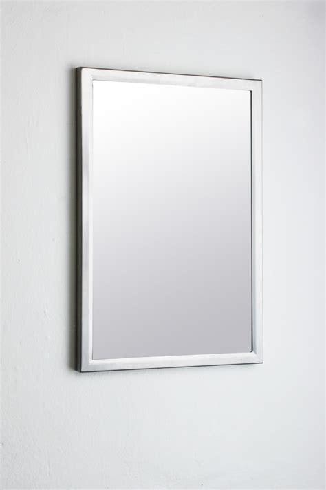 miroir personnalise avec photo e s h produits de la categorie miroirs de salle de bains