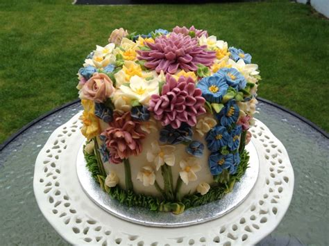 flower birthday cake flower cake pictures beautiful flowers