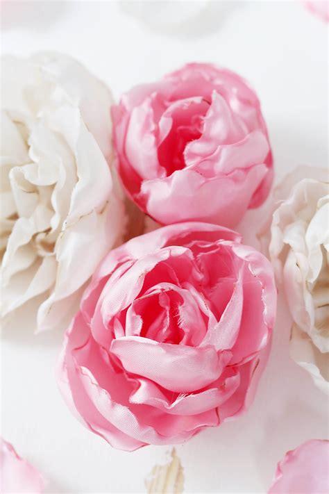 Blumen Aus Stoff Selber Machen by Stoffblumen Selber Machen Kreative Diy Anleitung