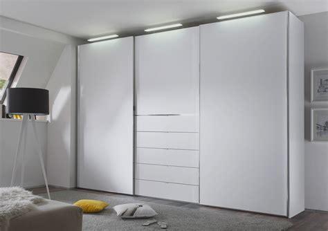Staud Media Light Kleiderschrank Weiß Badezimmer Neu Fliesen Wandfarben Eckschrank Italienisches Design Vorhang Vorhänge Für Hängeregal Behindertengerechtes