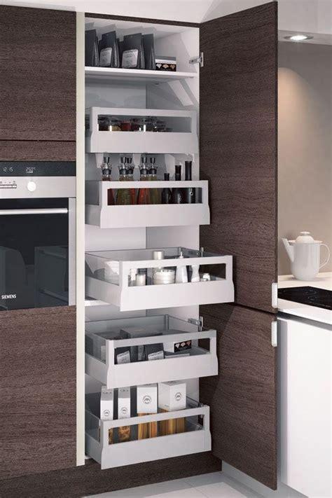 rangement cuisine une cuisine maxi rangements cotemaison fr rangement et