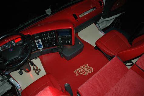 Tappezzeria Camion Tappezzeria Auto Bagarini Camion