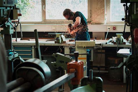Profesionālā izglītība metālapstrādē - garantēts darbs ...