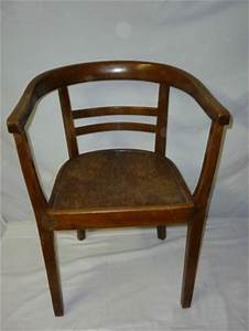 Art Deco Stuhl : armlehnstuhl bauhaus art deco gropius bugholz stuhl bild ~ Eleganceandgraceweddings.com Haus und Dekorationen